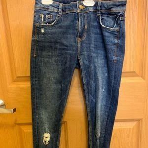 Zara distressed blue jeans (stretch)